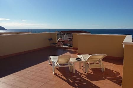 Home from home family villa with stunning views - Cartagena