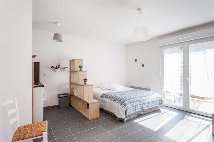 Studio confort avec terrasse  B13 - Narbonne - Appartement