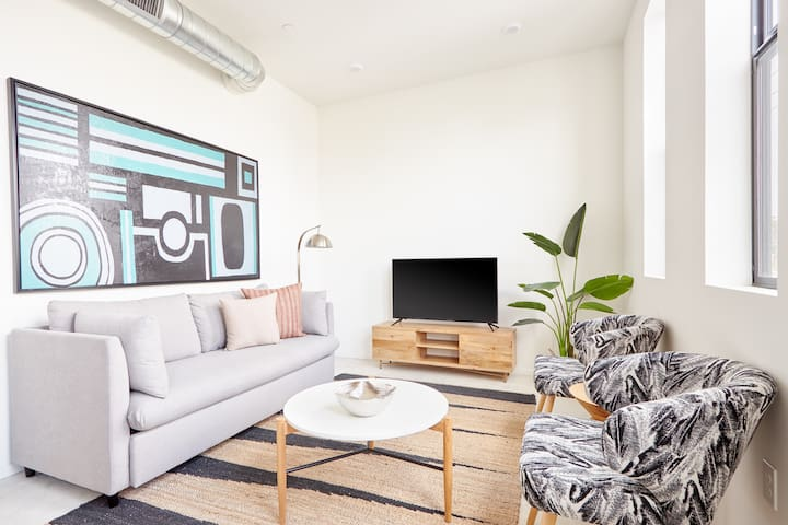 Sonder | Jackwill Flats | Sleek 2BR + Sleeper Sofa
