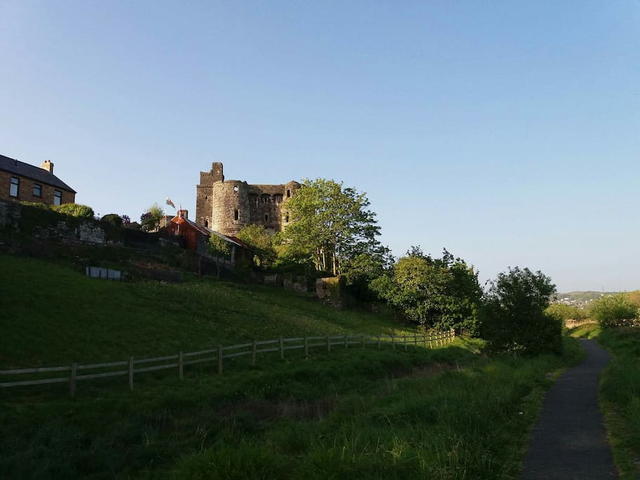 Kidwelly Castle, 5 minute walk
