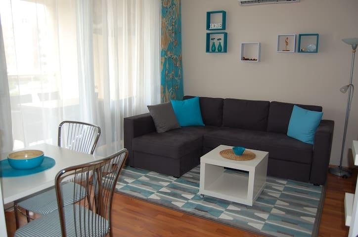 Aquabelle Apartman - Siófok Aranypart - Siófok - Appartement