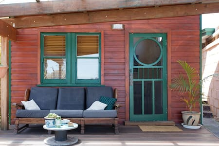 Sunset Eco Home close to the beach - Fremantle