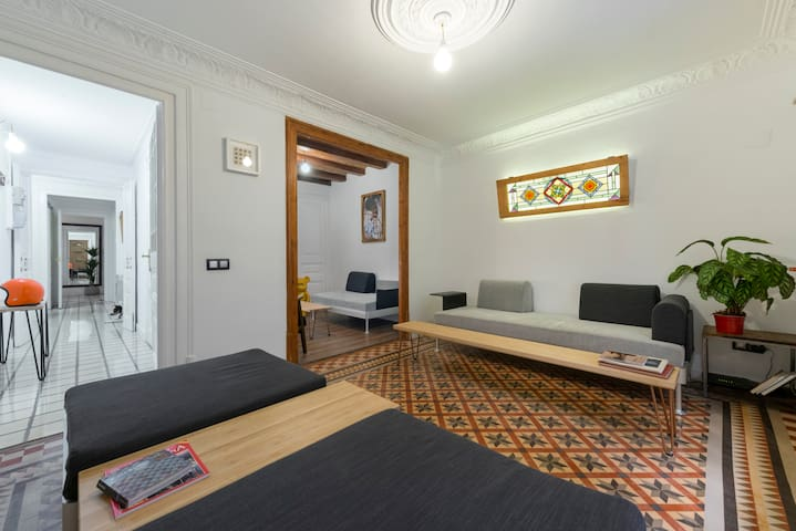 Double Single Room On Ramblas Barcelona