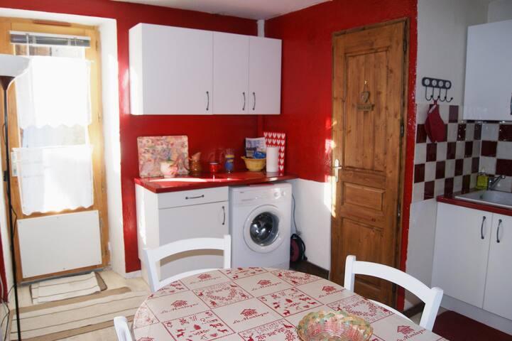 Maison mitoyenne à 1 km des pistes - Saint-Martin-de-Belleville - Casa