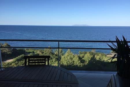 Vue mer Cap Corse Appartement 80m2 - Luri - Apartmen