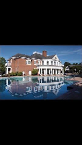 Pauline's Villa