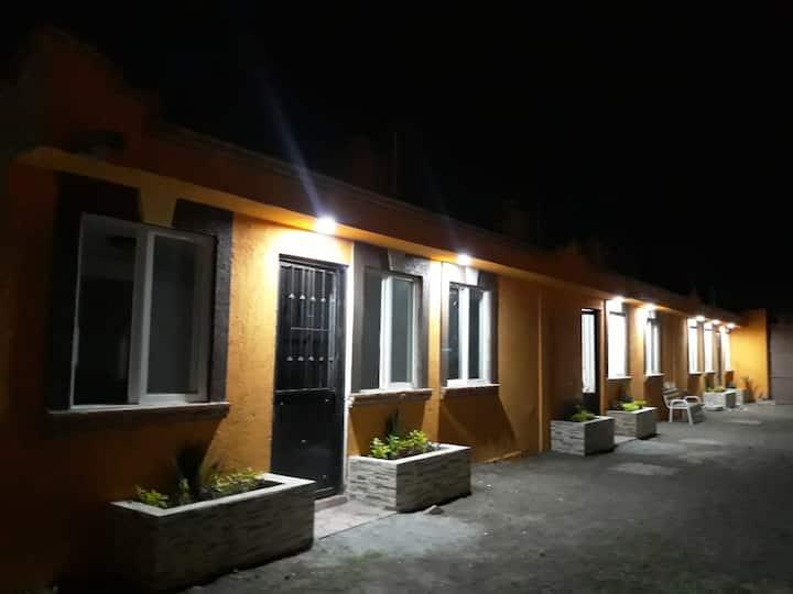RECAMARAS-ROOMS EN TEOTIHUACÁN
