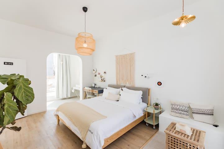 【新房特惠】Ms.Find浴缸、庭院房,含早、乐园接/送