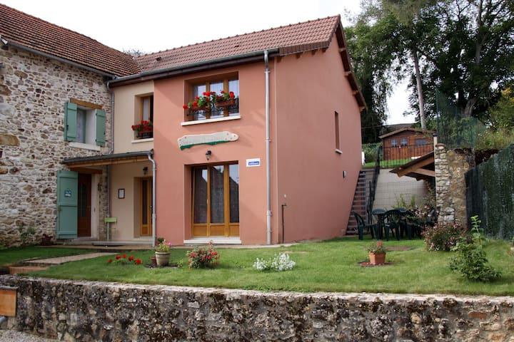 chambre d'hôtes dans un village champenois - Champvoisy