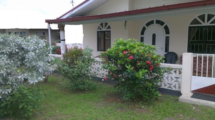 Huize Beekhuizen (5 min van Paramaribo - Centrum!)
