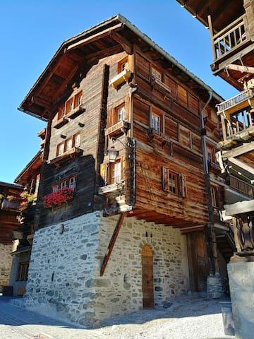 Grand appartement 70m2 Grimentz (rue piétonne)