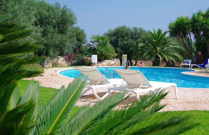 Villa I Carrubi mit herrlichem Gemeinschaftspool