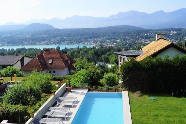Doppelzimmer mit Balkon und Seeblick Süd