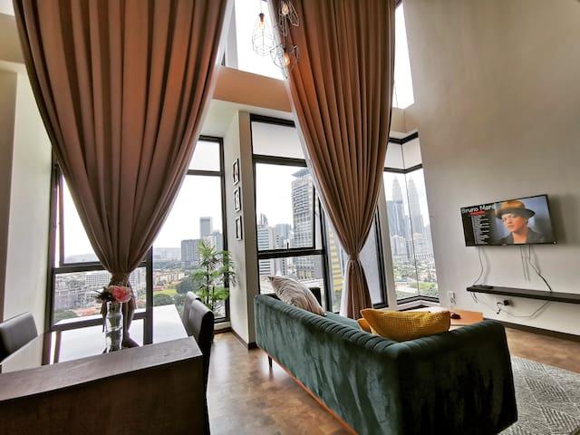 Expressionz 1BR Suites KLCC view 一间套房 阁楼下  双峰塔美景