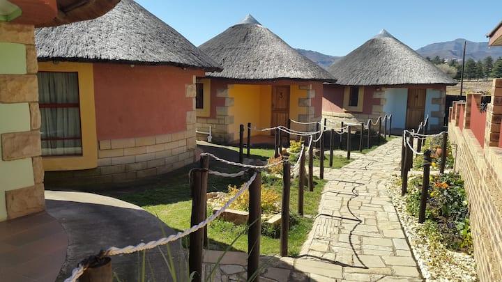 Lapeng Thoteng Traditional Styled Huts