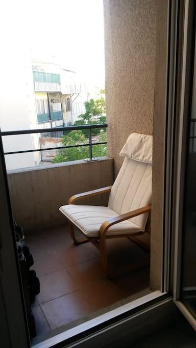 Chambre avec un joli balcon privatif  de 2 m².