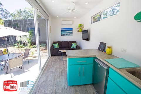 Casa Tropical Modern Container Close To Beach!