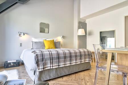 Hôte Spot #77 - Castéra-Verduzan - Bed & Breakfast