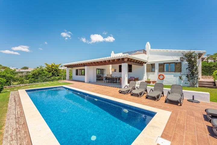 "Modern Holiday Home ""Bini Nura"" with Sea View, Wi-Fi, Garden, Terraces & Pool; Parking Available"