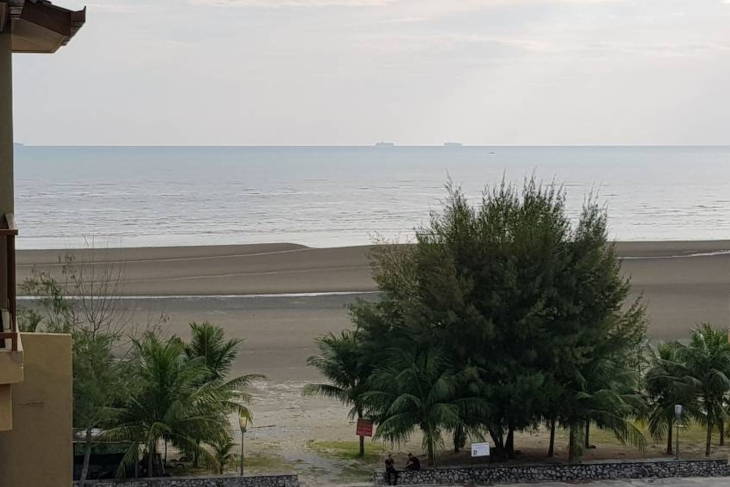 Beautiful sea view from balcony just 1min walk to the beach