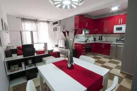 Precioso piso cerca de la playa y montaña.2hab - El Parador de las Hortichuelas - Apartamento
