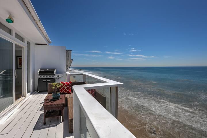 5 Bed Oceanfront Malibu/ Panoramic Views+BBQ!