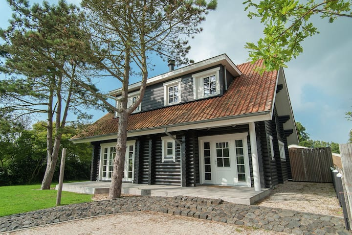 Beautiful luxurious Villa in North Holland near the Beach
