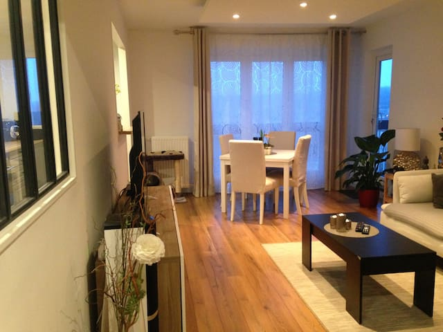Appartement à Boissy-saint-léger - Boissy-Saint-Léger - Lejlighed