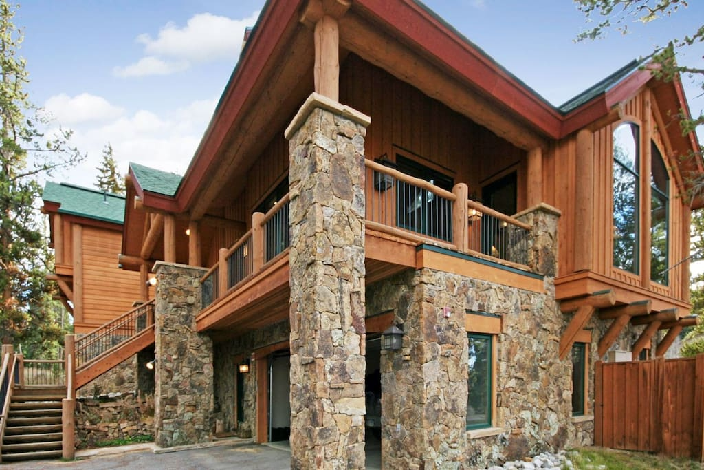 Gorgeous Goldenrod Home in Keystone, CO