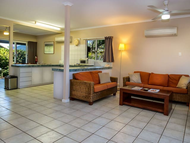Cable Beachside Villa - 3 Bedroom