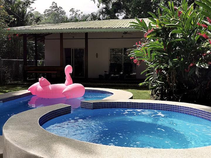 Casa Coralita - private Pool & Jacuzzi, A/C