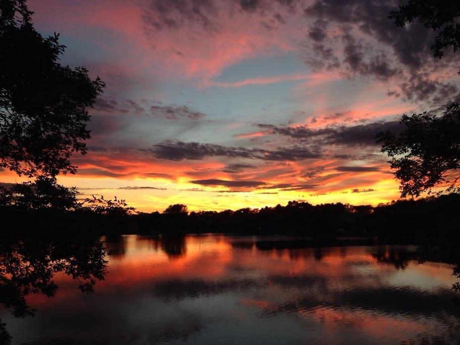 Summertime evenings at Mina Lake