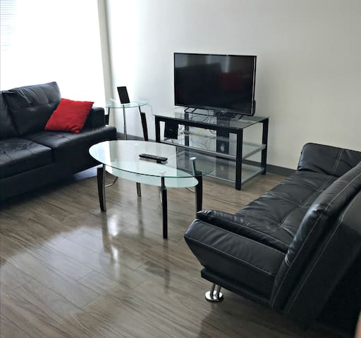 Short Terms Rental 1 BR Suite in Seattle