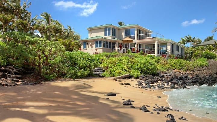 Oceanfront with Private Pool & AC in Bedrooms!