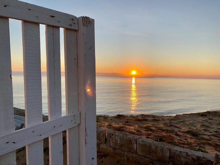 Noto. Casa Rosemarie sul mare con spiaggia privata