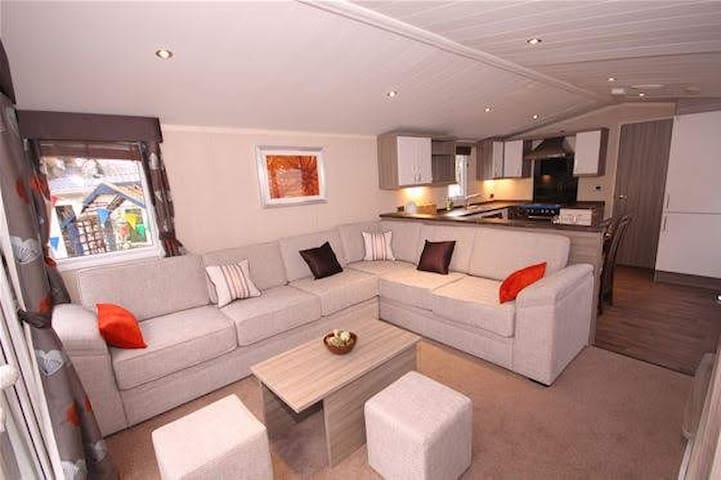 Patrington Haven Luxury 8 Berth Park Home