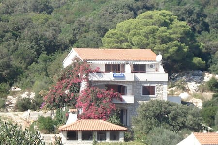 Apartment Paradise Lastovo - Best value for money!