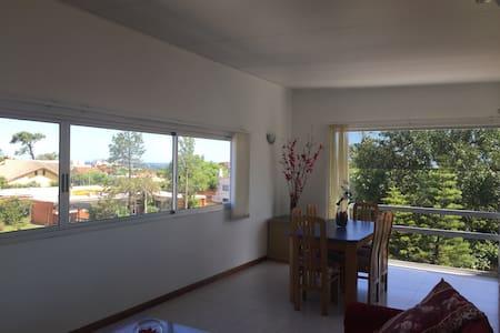Apartamento con vista al mar - Maldonado - Flat