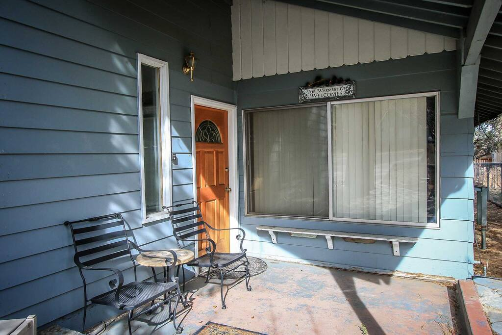 Deck,Porch,Chair,Furniture,Bench