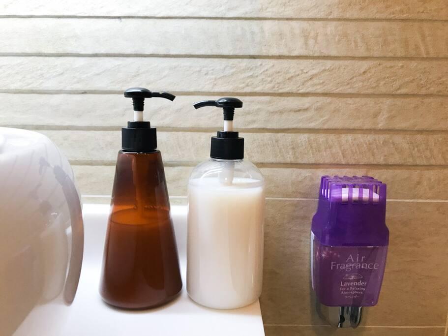 Shampoo & Shower milk