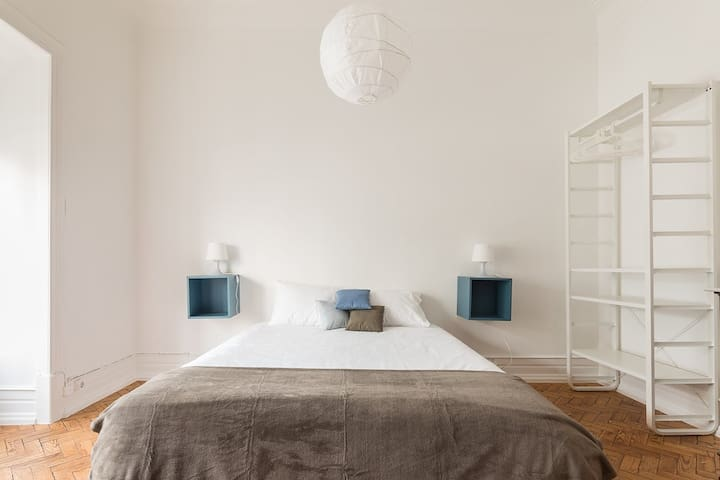 Marvelous room in the center of Lisbon - Lisboa - Appartement