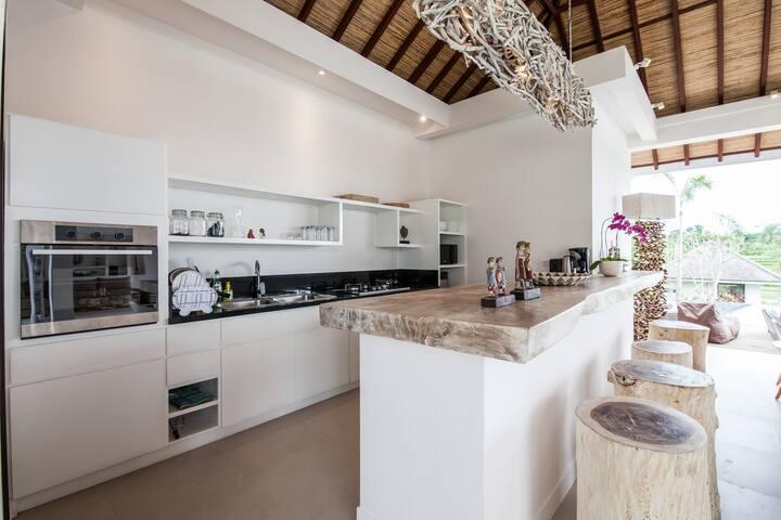 Amazing 6BR villa in the heart of CANGGU - Mengwi - Villa