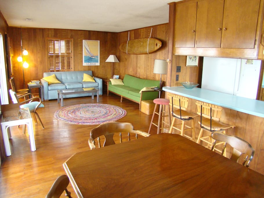 Vintage Mid Century Beach Cottage Houses For Rent In