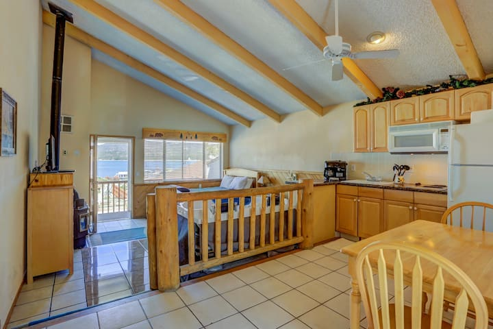 Lakefront Condo, No Fees units (PHONE NUMBER HIDDEN) - Big Bear Lake - Condominium