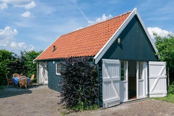 Guesthouse near Alkmaar, Zaanse Schans, Amsterdam
