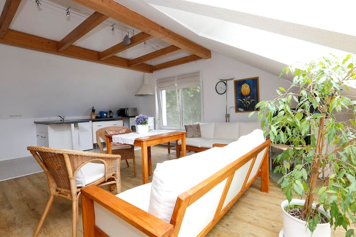 Sitzbereich m. Küche