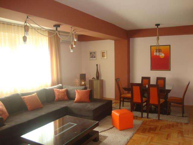 Darja`s beautiful place - Bitola - Wohnung