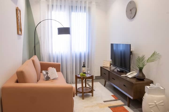 BRAND NEW 2 BR APT W/ ROOFTOP POOL - HOI AN CENTER