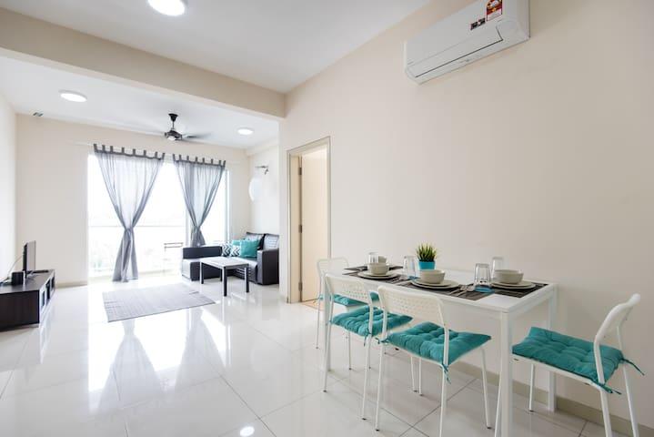 Modern & Spacious 3BR Apartment @ Sec 13 Shah Alam
