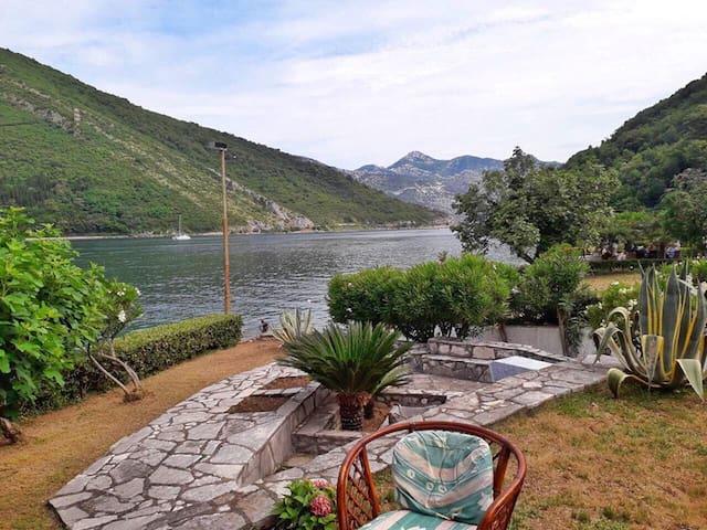 Villa Lepetane